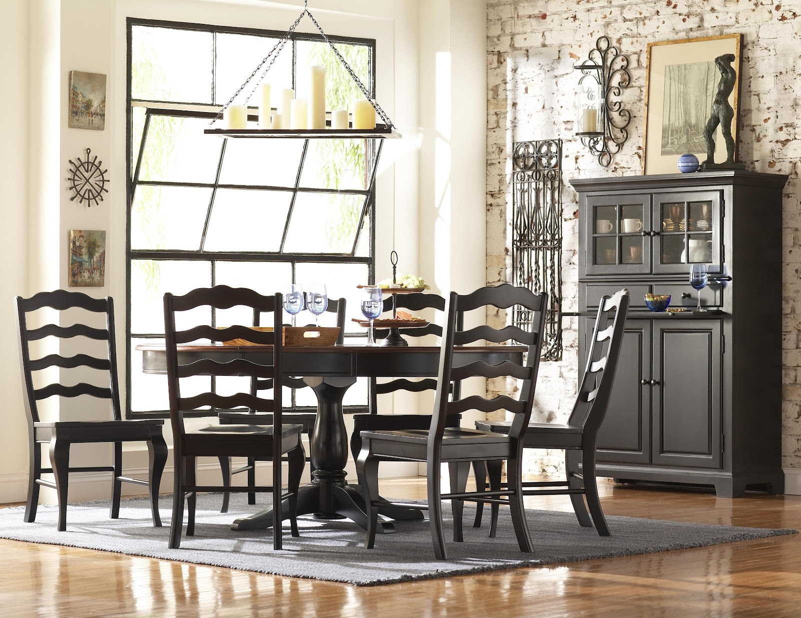Knoxville Wholesale Furniture: Choices Casual Dining by Broyhill Furniture