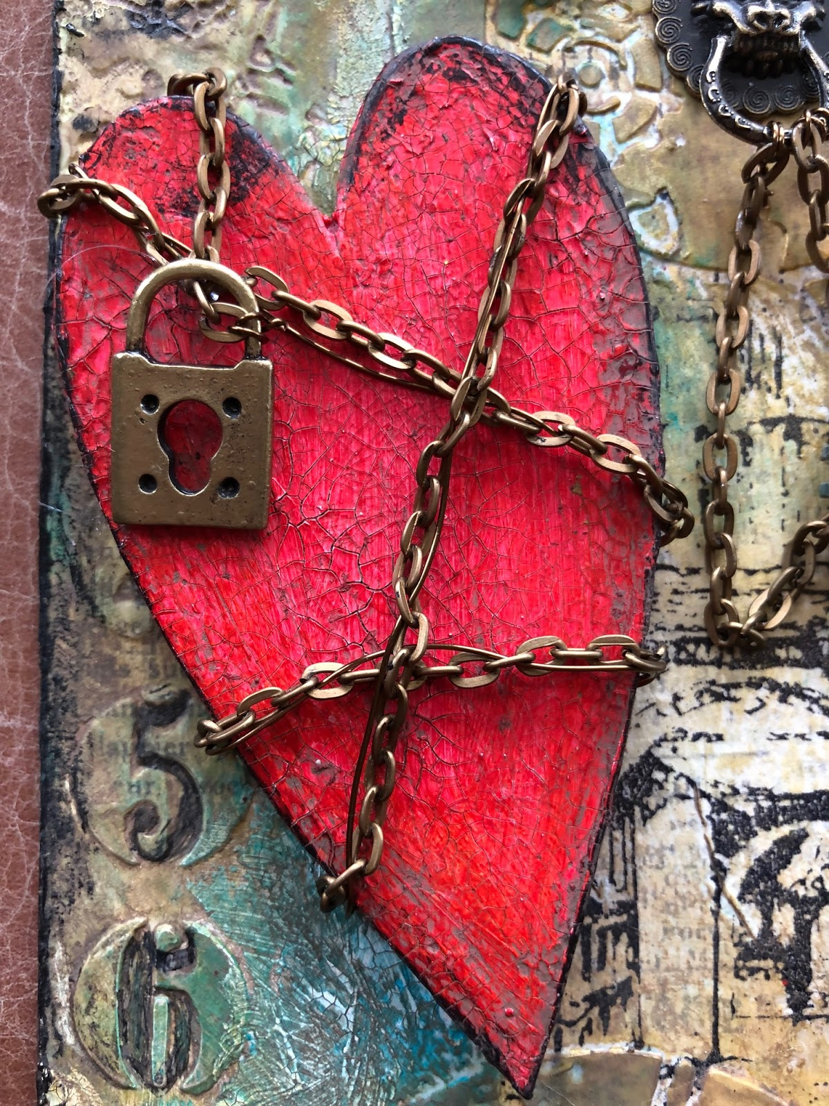 CREATIVITY IS CONTAGIOUS: HAUNTED HEART TAG