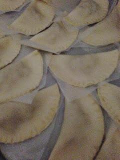 Empanadillas rellenas de carne de alcapurrias, preparación 2