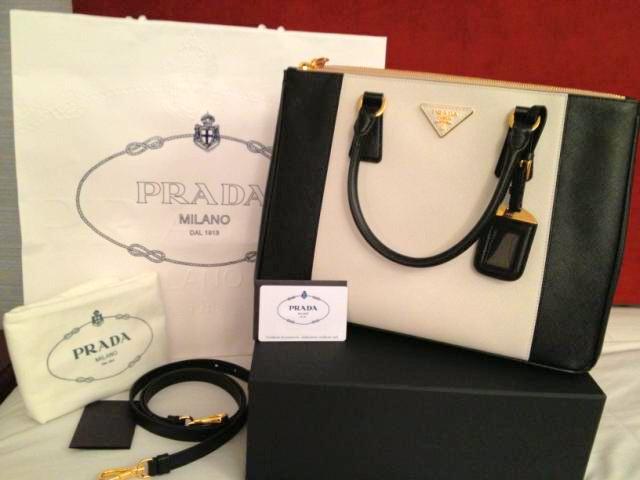 Tas Prada Original Milan AUTHENTIC BAG SPRING SUMMER COLLECTION ... 0033d34f19