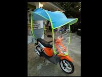 Ada Lagi, Payung Motor Unik Buatan Malaysia