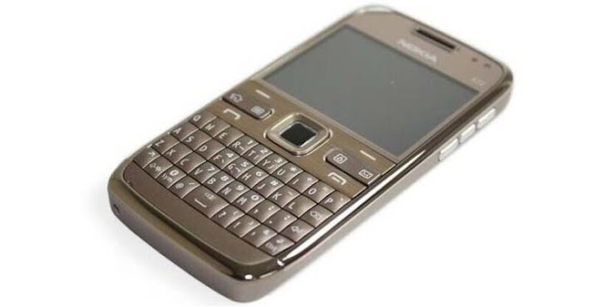 Nokia E72 receives (051.018) software update