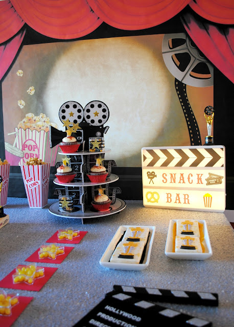 Oscar party snack bar. Ideas and inspiration at www.fizzyparty.com