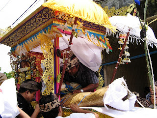 The Death Ceremony Ngaben and Mukur in Bali