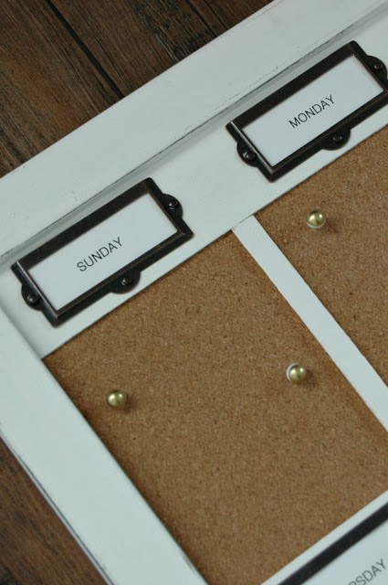 Weekly cork board organizer
