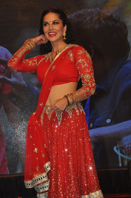 Sunny Leone Red Hot in Red Saree photos