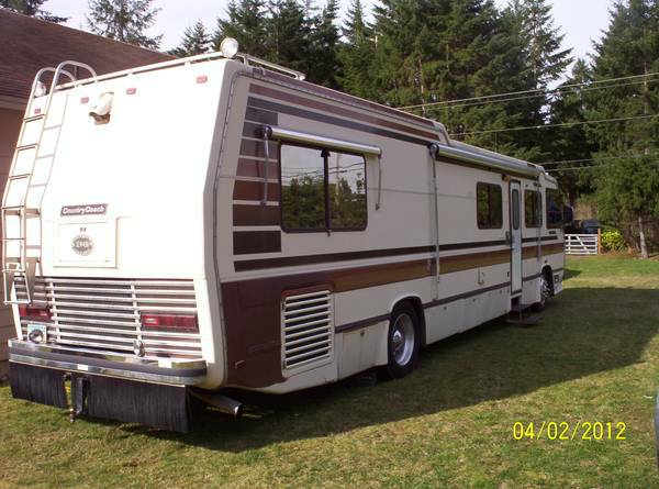 used rvs 1986 country coach diesel pusher motorhome for sale for sale by owner. Black Bedroom Furniture Sets. Home Design Ideas