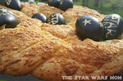 Star Wars Garlic Cheese Easter Egg Bread