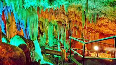 Gong Cavern, A Place Of Reverberating Whispers , vacation, cave, great vacation, family vacation, fun trip in Indonesia