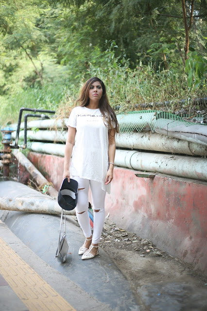 chill summer outfit, cute graphic tee, delhi fashion blogger, fashion, femella, how to style chokers, how to style graphic tee, how to style ripped shorts, summer fashion trends 2016, street style outfit ,beauty , fashion,beauty and fashion,beauty blog, fashion blog , indian beauty blog,indian fashion blog, beauty and fashion blog, indian beauty and fashion blog, indian bloggers, indian beauty bloggers, indian fashion bloggers,indian bloggers online, top 10 indian bloggers, top indian bloggers,top 10 fashion bloggers, indian bloggers on blogspot,home remedies, how to