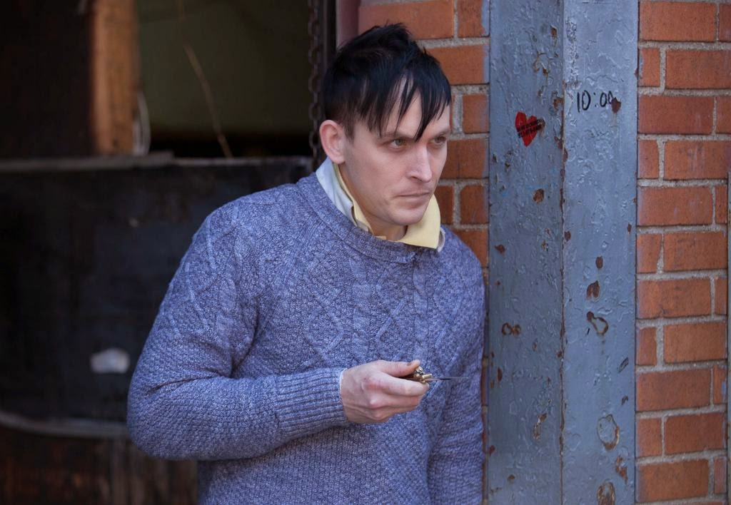 Robin Lord Taylor as Oswald Cobblepot The Penquin in Fox Gotham Season 1 Episode 3 The Balloonman