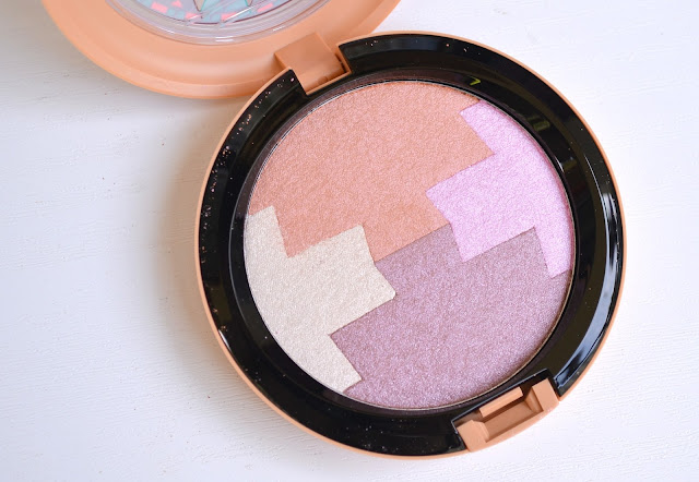 MAC Vibe Tribe Gleamtones Powder Dunes at Dusk Review