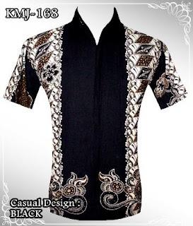 Kemeja pria kombinasi batik dan polos lengan pendek