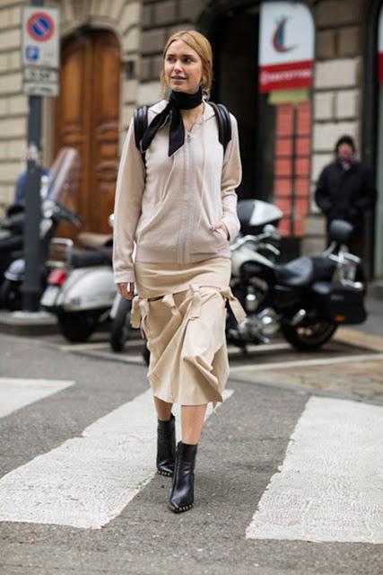 athleisure street style, zip up hoodie sweatshirt street style