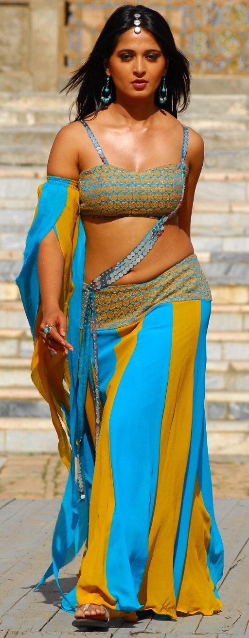 Anushka Hot Wallpapers