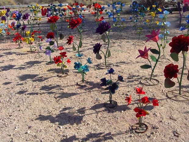 Metal Flowers Yard Art Tucson Az - Year of Clean Water