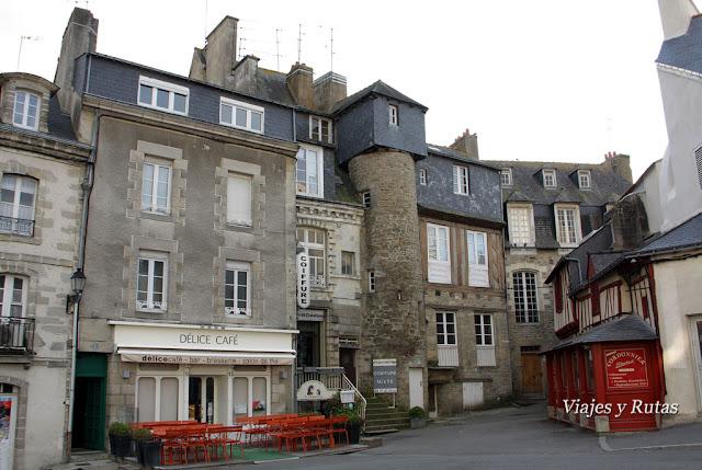 Plaza Lucien Laroche de Vannes