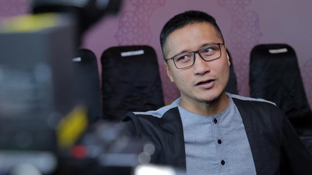 Meski Dicaci Maki, Arie Untung Endorse Film Ernest Terbaru