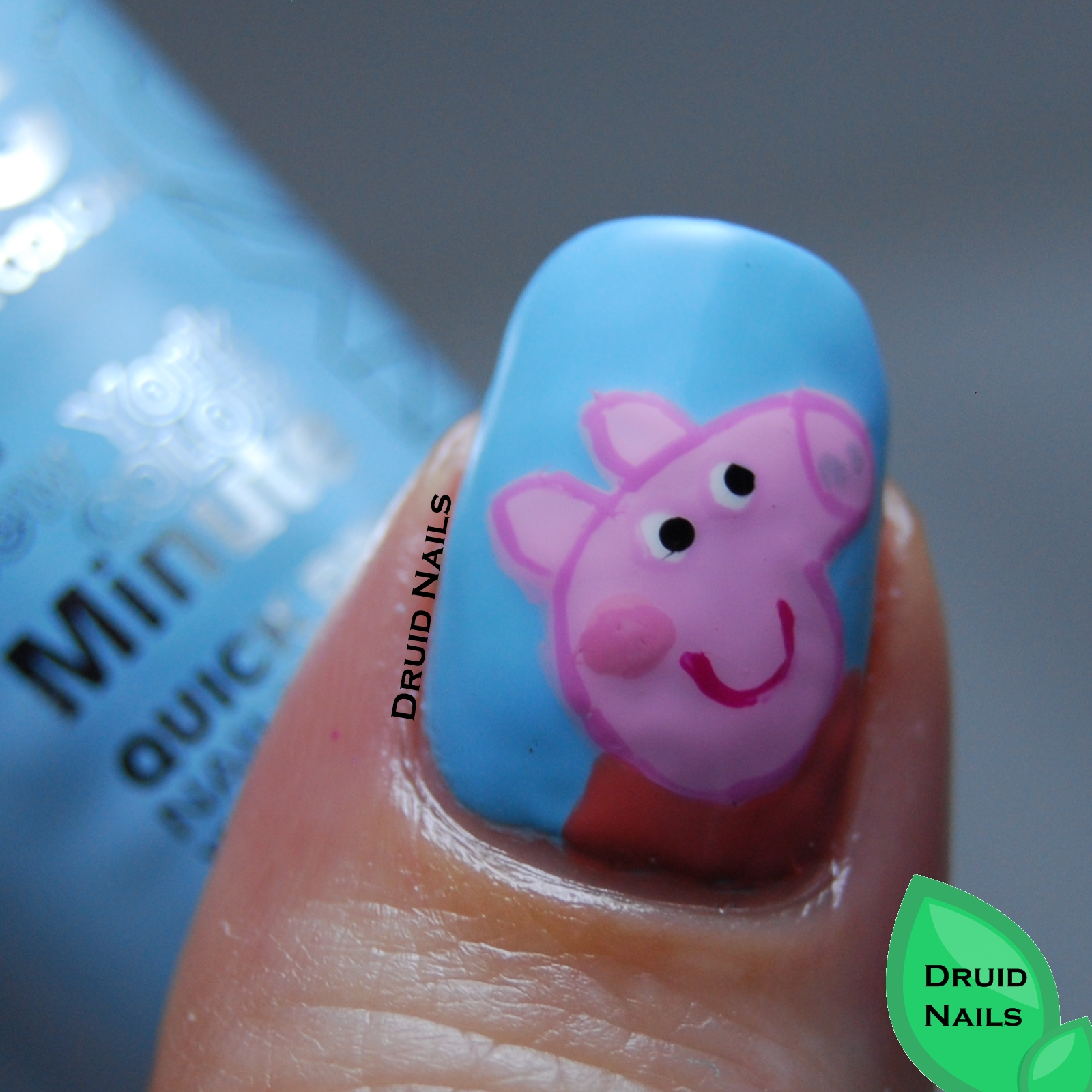 I Think This Is A Cute Mani Even If Have No Clue Peppa Pig Any Good