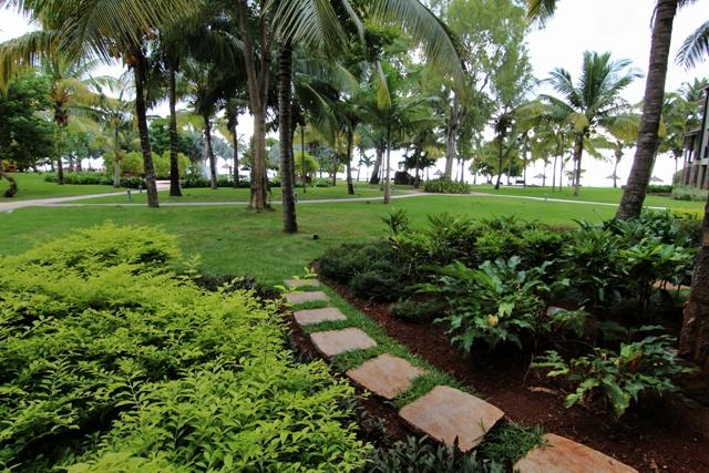 Jardín desde nuestra habitación en el Intercontinental Hotel Mauritius Balaclava Resort