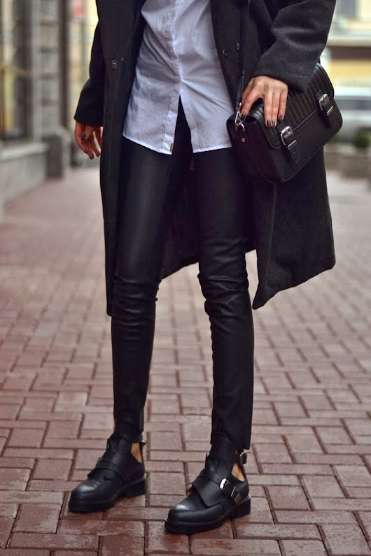 must-have :: leather pants