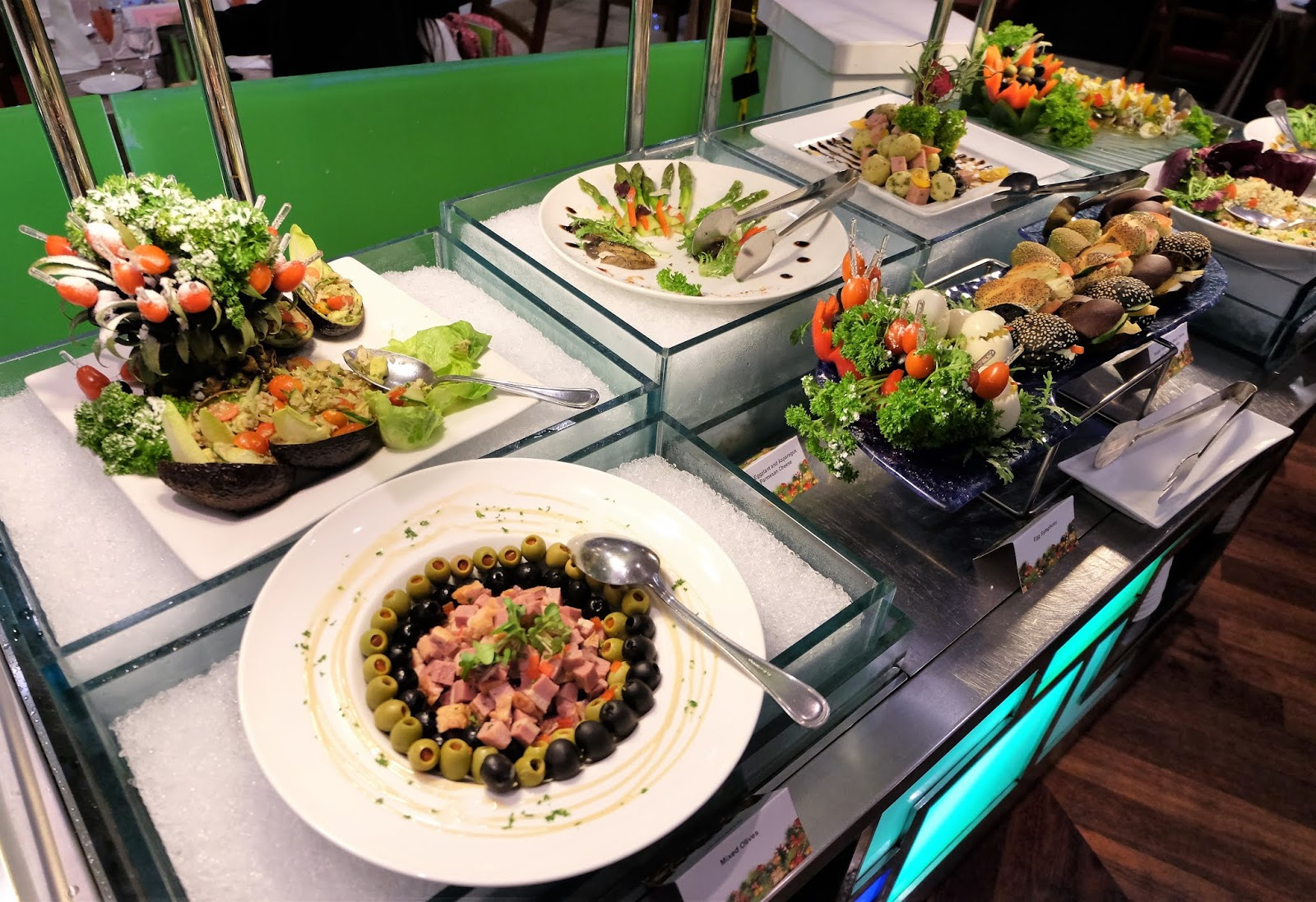 Outstanding Forever Hungry Christmas Buffet Berjaya Times Square Interior Design Ideas Ghosoteloinfo