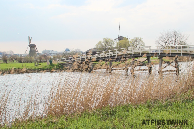 kinderdijk windmills bridge