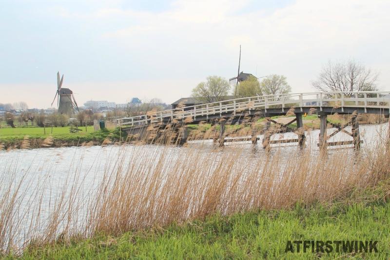 kinderdijk windmills bridge
