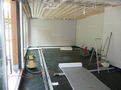 house9x19 tackerplatten und fussbodenheizung. Black Bedroom Furniture Sets. Home Design Ideas