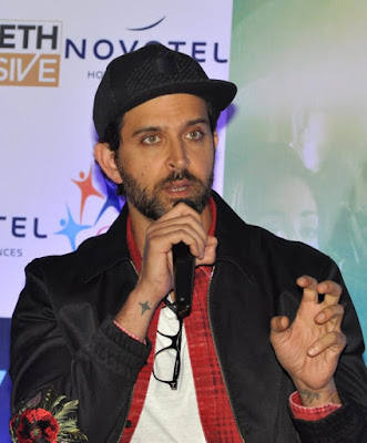 hrithik-roshan-wants-to-pen-book-on-his-journey