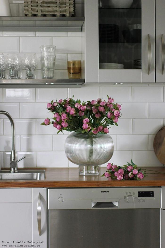 annelies design, webbutik, webbutiker, inredning, kök, blomma, blommor, naturtrogna blommor, konstgjorda växter, kök, köket, vas, sphere, by on design, by on, pion, pioner,