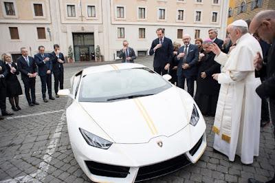 Lamborghini gave Pope Francis keys