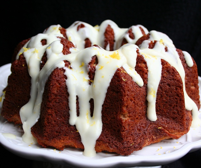 Cake Recipes With Glaze Icing: Gingerbread Bundt Cake With Lemon Glaze (Low Carb And