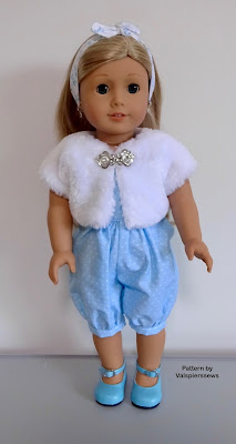 doll clothes by valspierssews