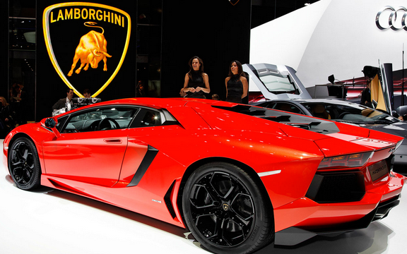 Lamborghini Aventador LP700 4 Redesign US Price