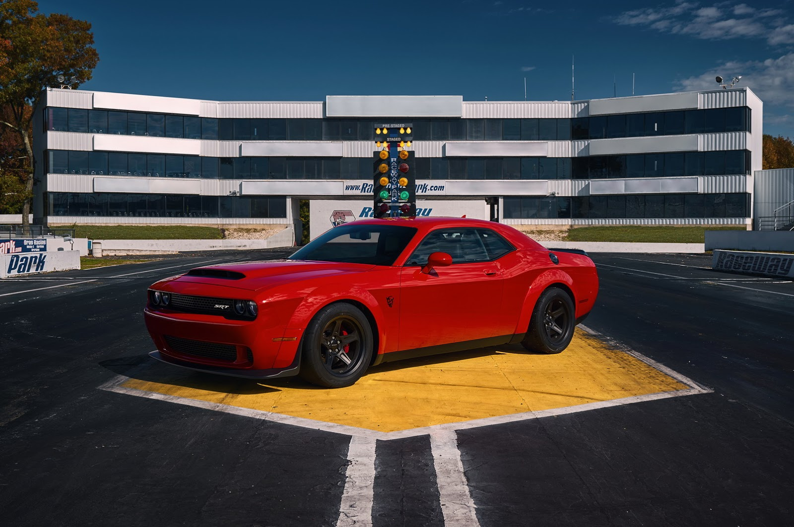 2014 - [Dodge] Challenger SRT - Page 3 2018-Dodge-Challenger-Demon-2