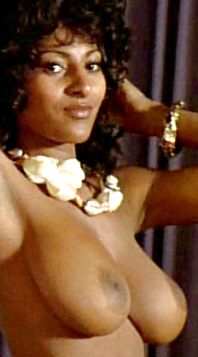 sexy-pam-grier-naked-warriors