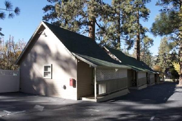 Hotel Cathy's Cottages em Big Bear Lake