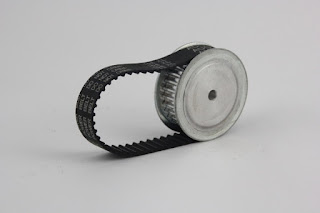 PLC world: 皮帶輪 的伺服馬達 齒輪比計算(線性移動應用)
