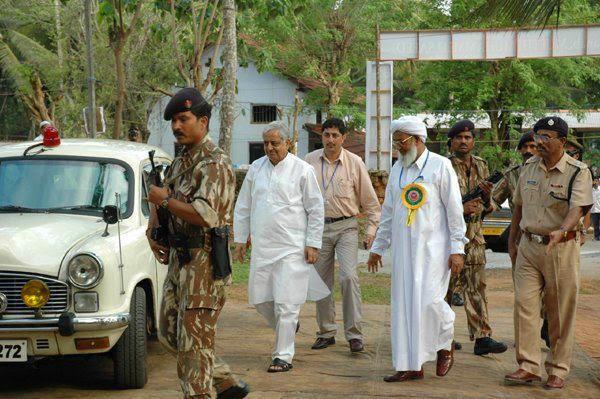 ISLAMIKA KERALAM: Qamarul Ulama Kanthapuram A P Aboobacker ...