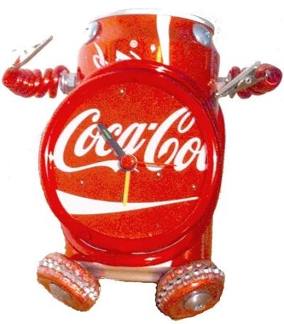 Jam alarm robot (Robot Alarm Clock) terbuat dari daur ulang kaleng coca-cola dan tutup botol