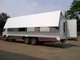 Jasa penyewaan truk box di surabaya