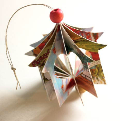 How to recycle recycled christmas tree ornaments for How to recycle old christmas cards