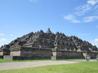The Origin and History Of The Founding Of Borobudur Temple