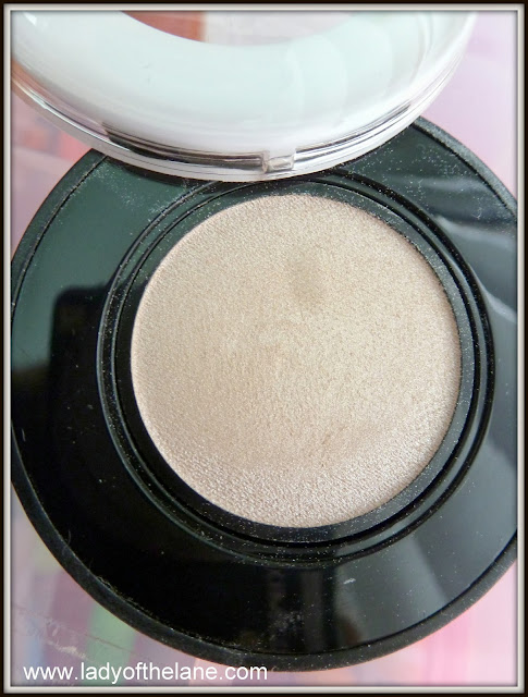 ck one Powder Eyeshadow in Infinite
