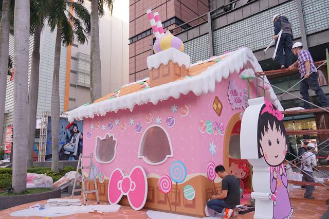 DSC08307 - 台中聖誕節活動│小丸子 hello kitty摩天輪與聖誕村造景就在台中新光三越搶先看
