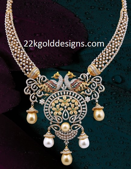 14 Lakhs Double Swan Diamond Necklace