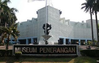 http://www.teluklove.com/2017/05/pesona-keindahan-wisata-museum_5.html