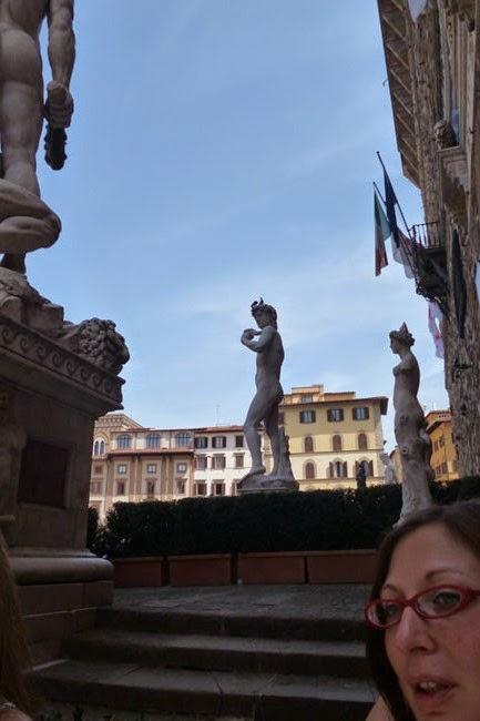 P1070334 - Vale a pena pegar uma guia que fale português em Florença?