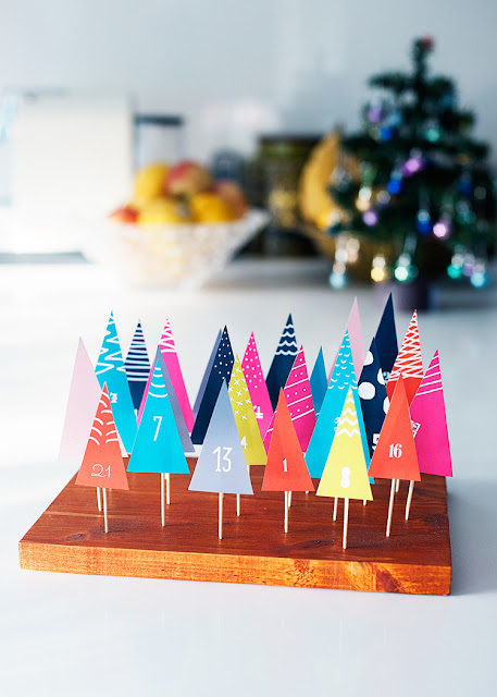 http://hellohappystudio.com/blog/free-download-diy-forest-advent-calendar